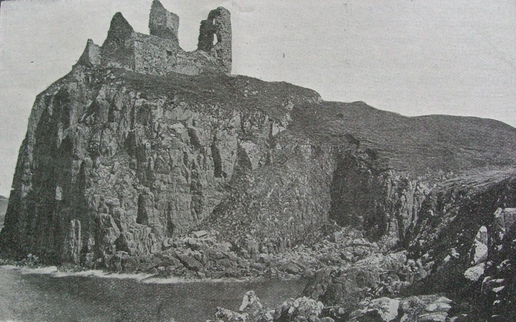 Celtic Monthly 9 (1901) p 6_Duntuilm castle (1)
